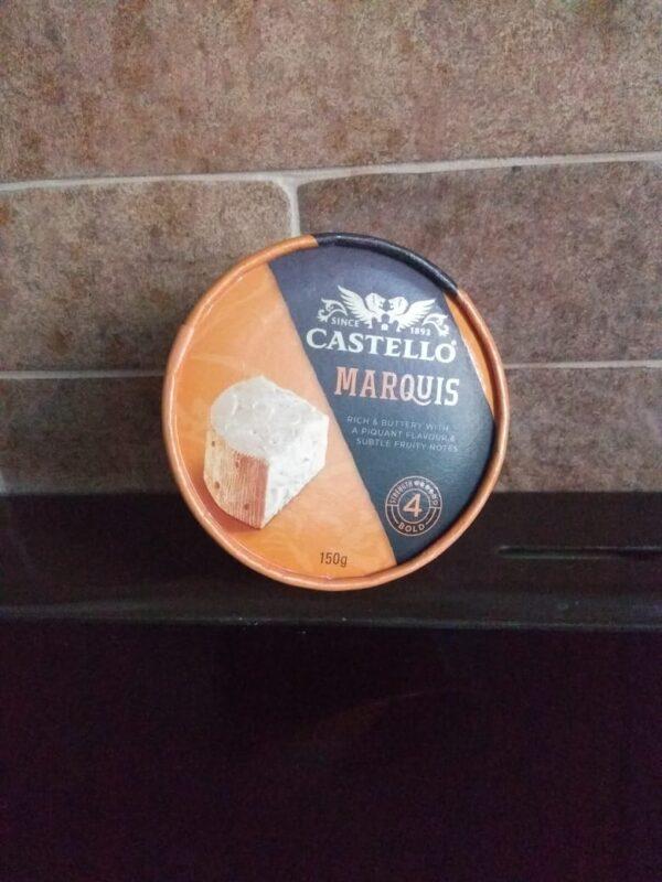 Сыр с плесенью Castello Marquis 150 г